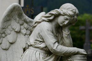 Obras de Misericordia: Enterrar a los Muertos