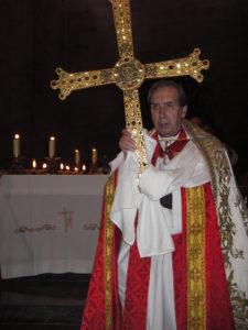 Por la Cruz, La Vida